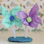 Flower Crafts For Kids – How To Make Rock Flowers