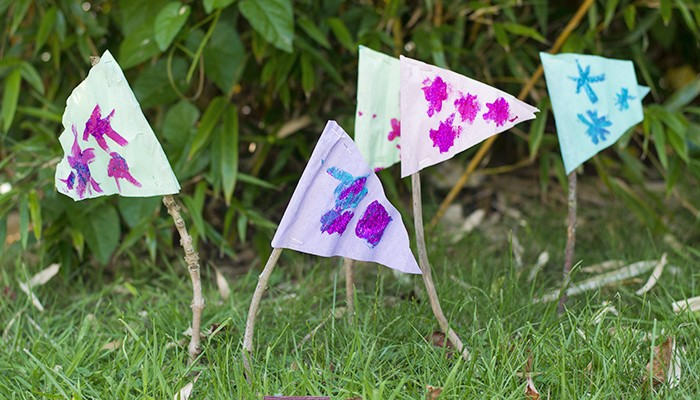 Outdoor Crafts: Stick Flags