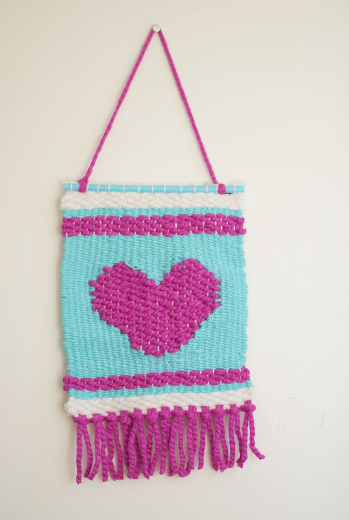 Heart Weaving Using A Wooden Loom Let S Do Something Crafty