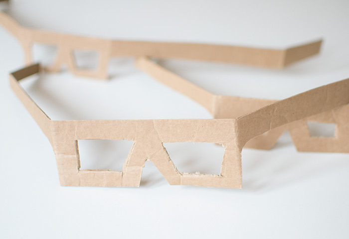 cardboard-easter-egg-glasses