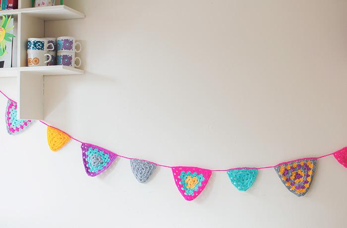 crochet-bunting-4