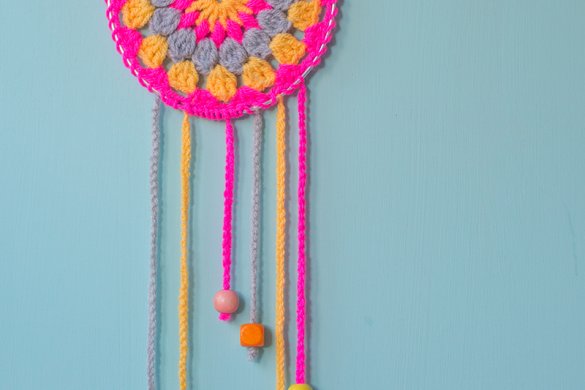 Handmade flowers using sticks simple tutorial for Dream catchers how to make them