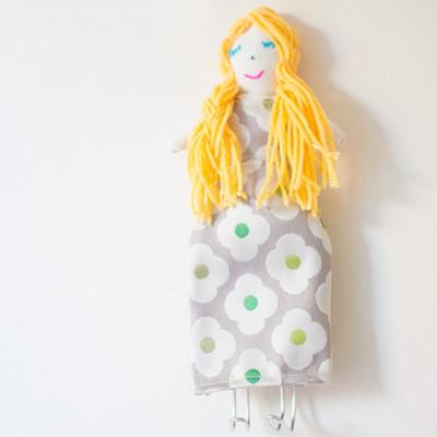 diy-wall-hook-dolly