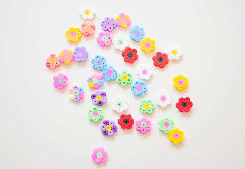 mini-hama-bead-flowers