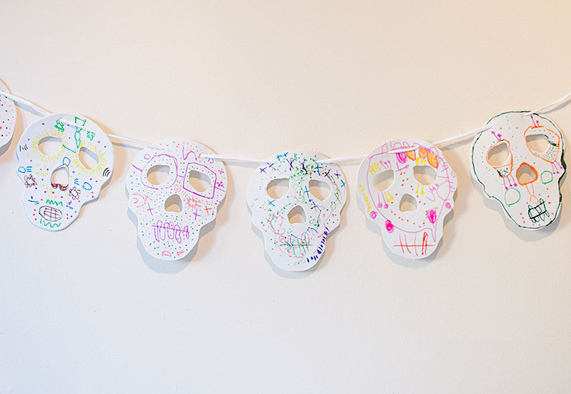 day-of-the-dead-decorations sugar skull bunting