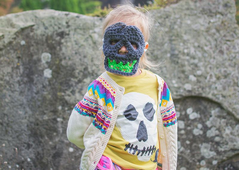 crochet-skull-mask