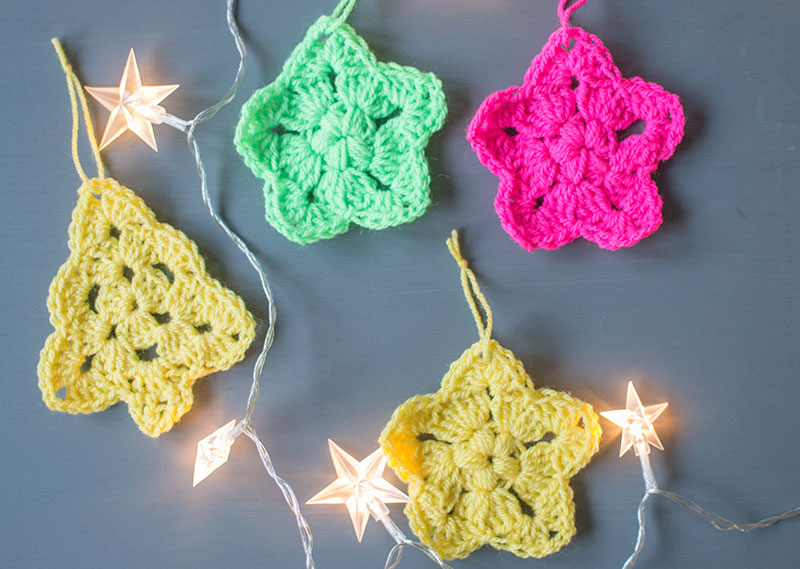 CROCHET-CHRISTMAS-ORNAMENTS