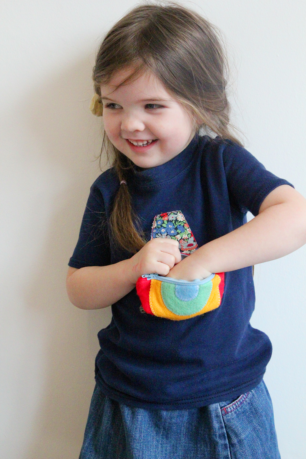 super cute rainbow purse tutorial
