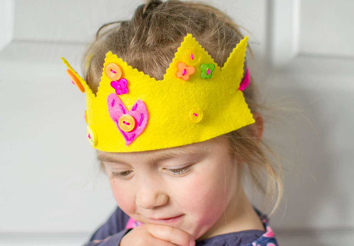 easy felt crown tutorial