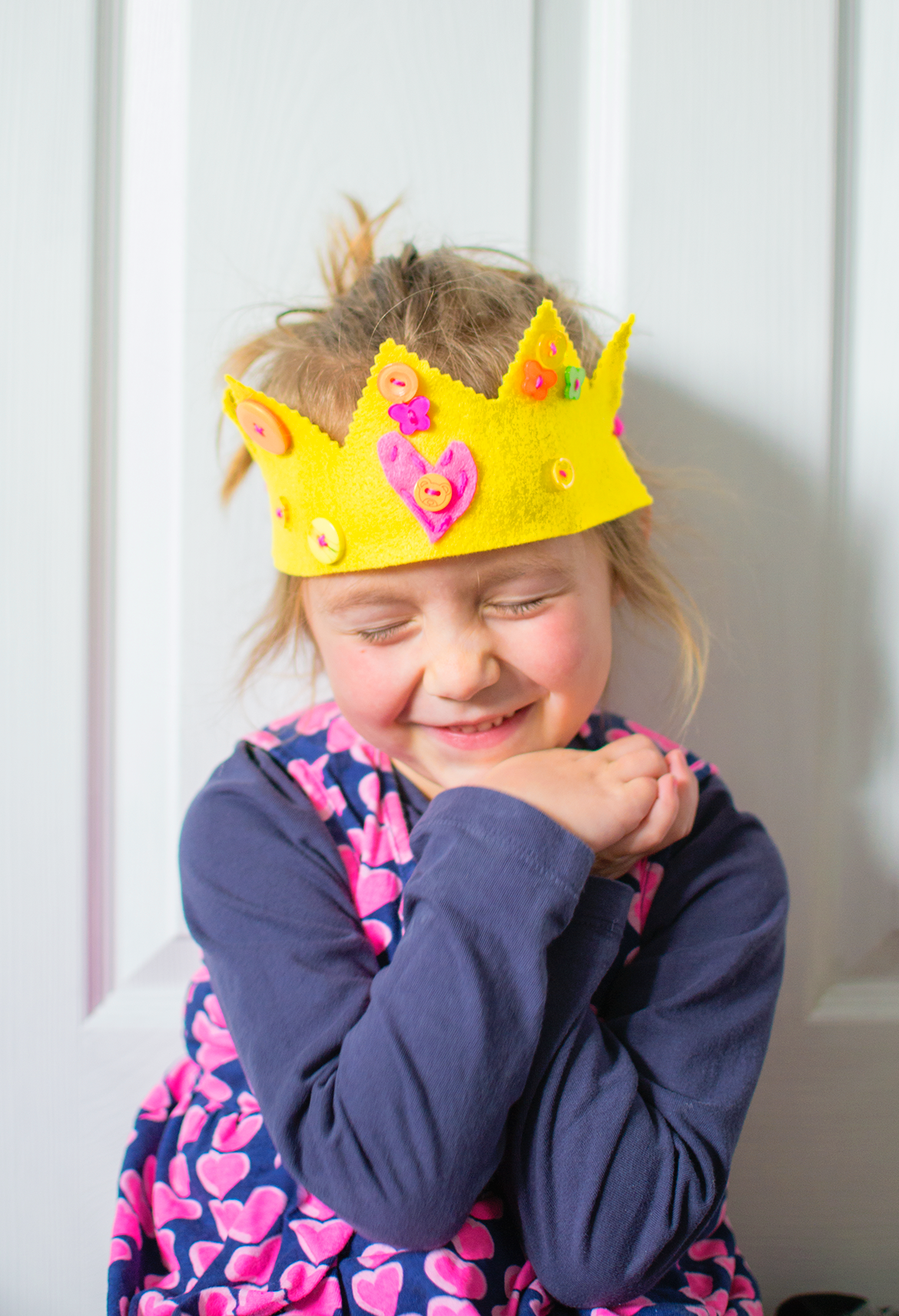 how to make a felt crown