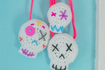 crochet-skulls-facebook