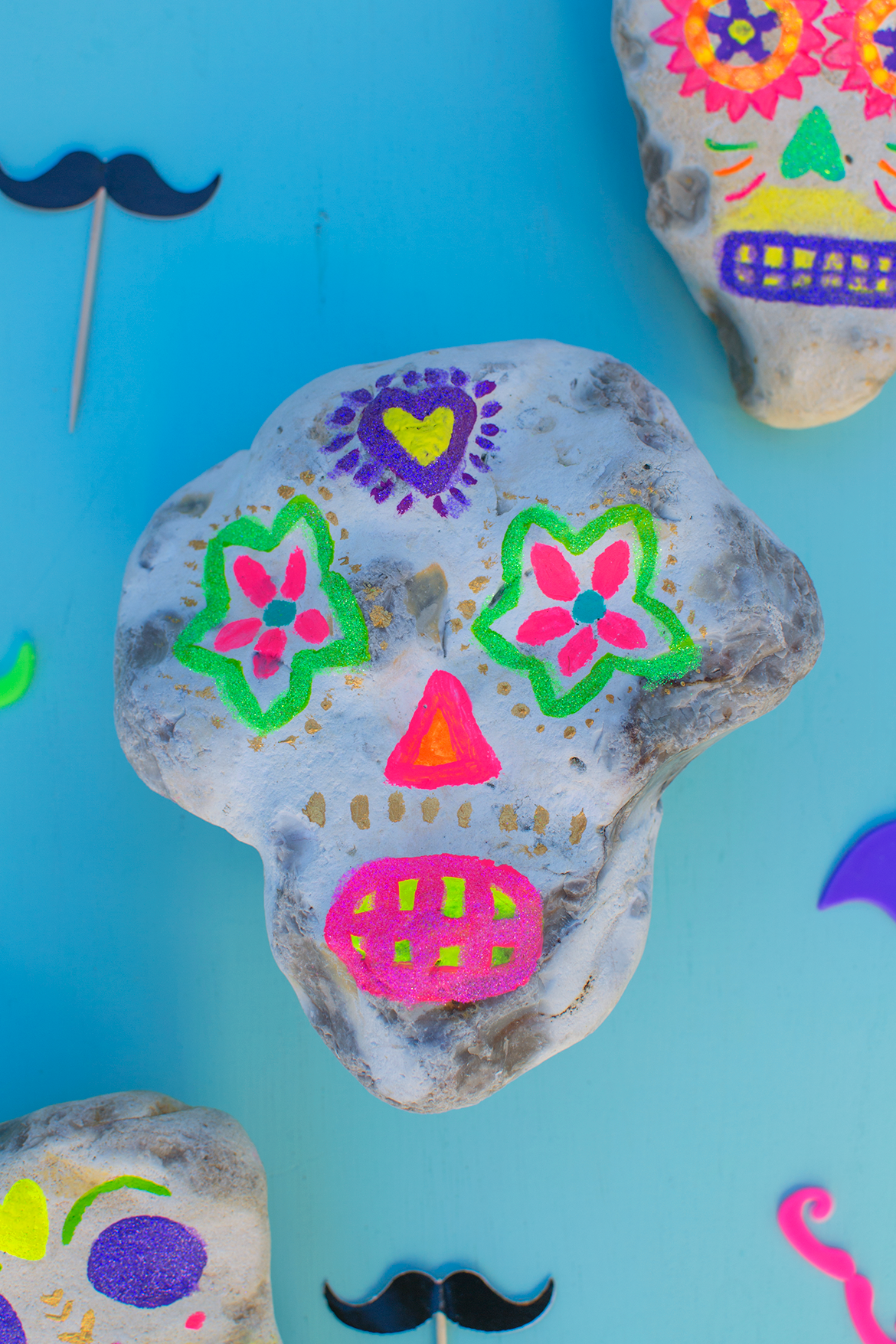 day-of-the-dead-painted-rocks